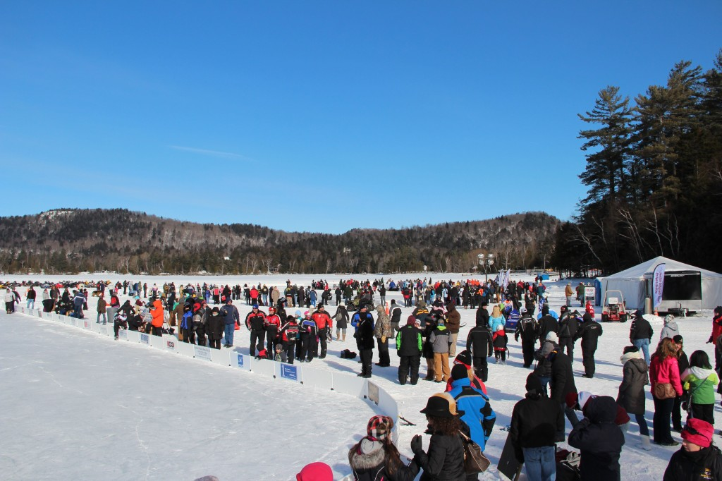 Spectators Ice Bowl