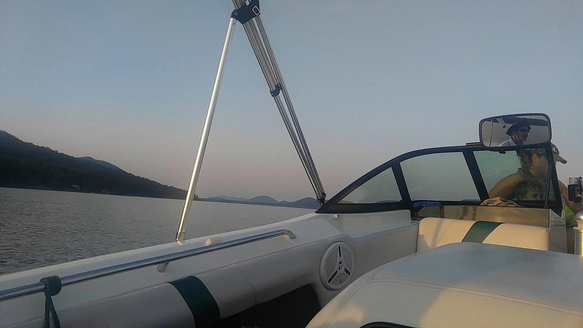 Piseco Lake boating