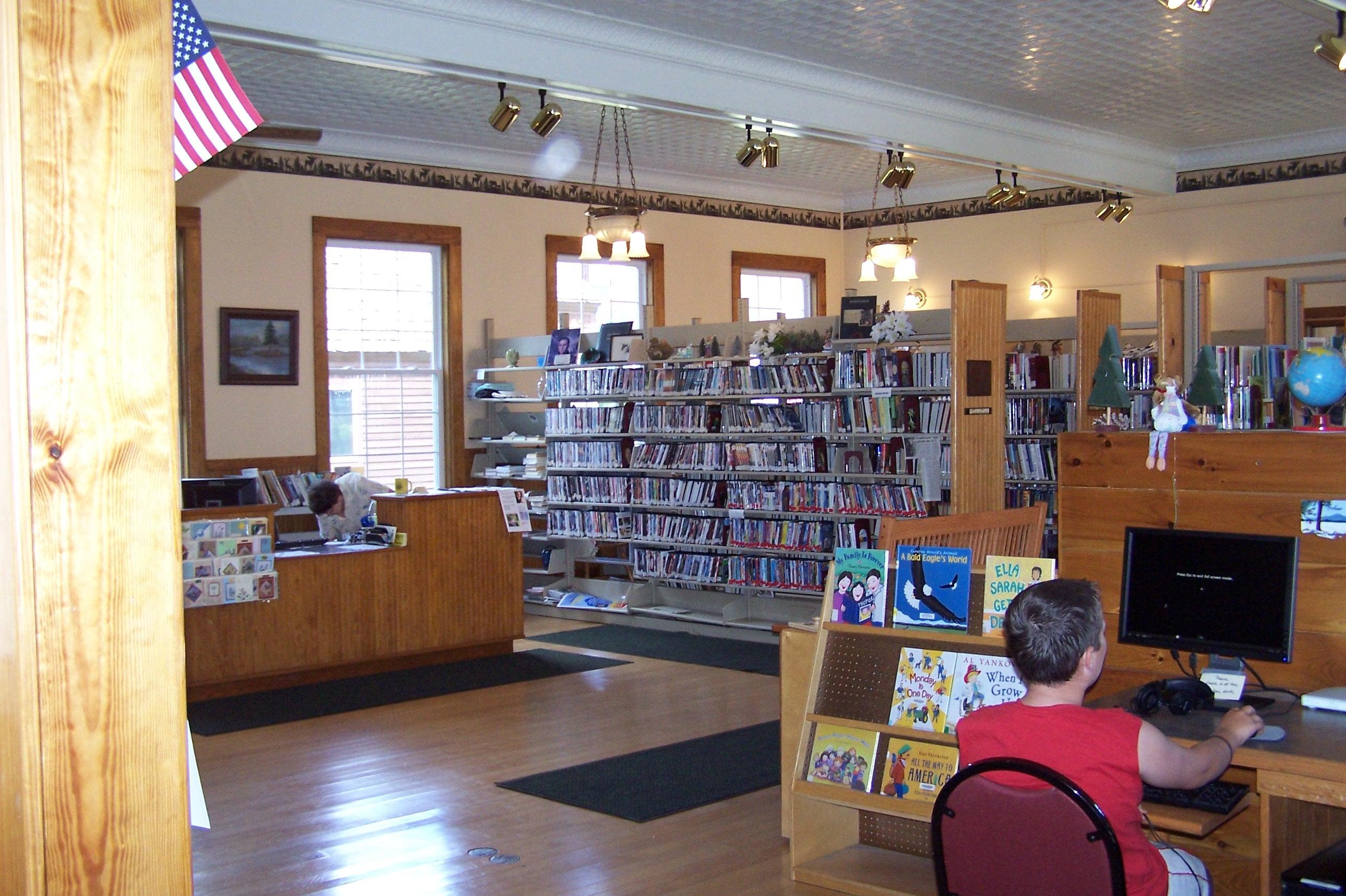 Long Lake Public Library