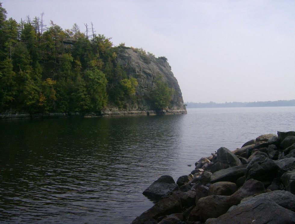 Barn Rock Bay
