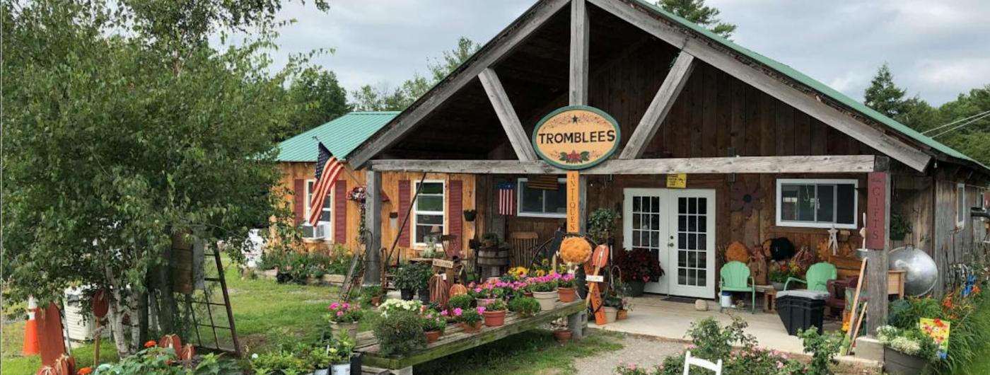Tromblee's Greenhouse & Gifts Fall Vendor Sale