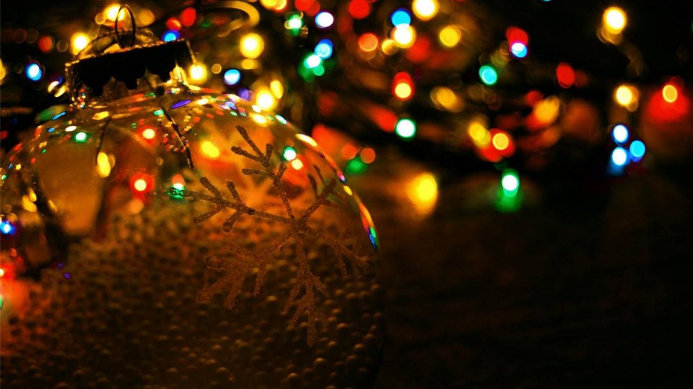 Moriah Lights Up the Holidays